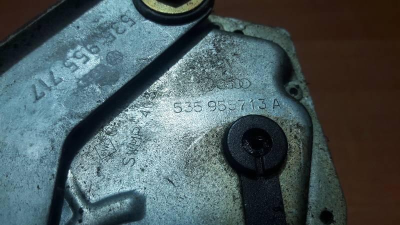 535955713A SILNICZEK WYCIERACZKI VW CORRADO
