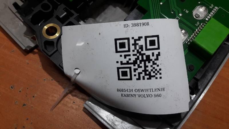 8685434 OSWIETLENIE KABINY VOLVO S60