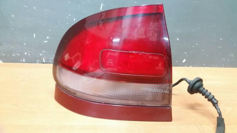 043-1392R LAMPA LEWA MAZDA 626 IV GE 92r Z LISTWA