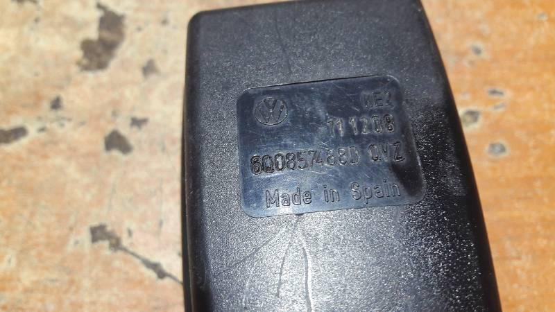 6Q0857488D ZAPINKA PASOW TYL SEAT IBIZA III