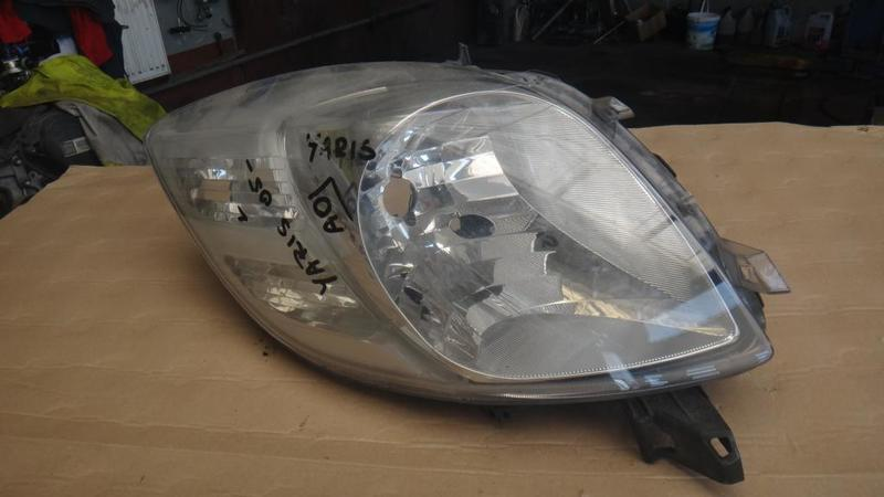 TOYOTA YARIS 2005- REFLEKTOR PRAWY LAMPA PRAWA