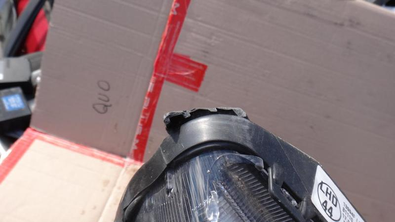 TOYOTA VERSO 2009-2011 REFLEKTOR PRAWY LAMPA XENON