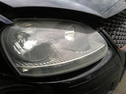 VW GOLF V GTI REFLEKTOR PRZOD PRAWY EUR