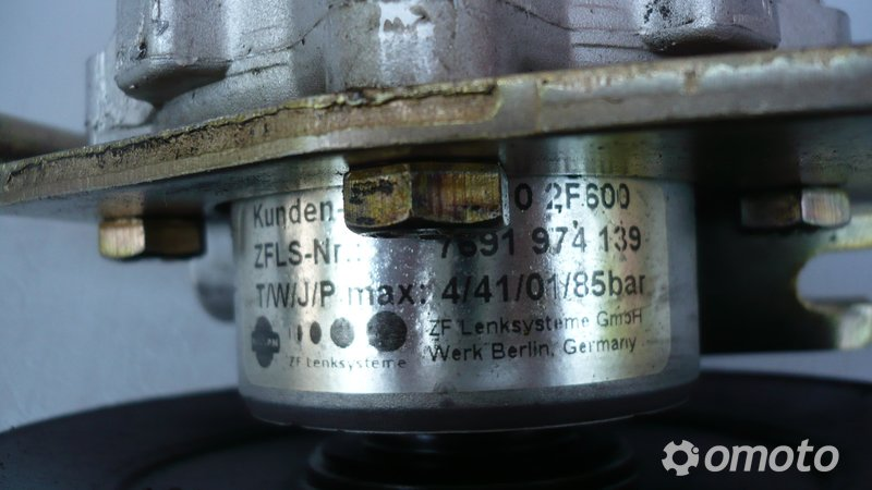 Pompa wspomagania 491102F600 Primera P10 2,0 TD